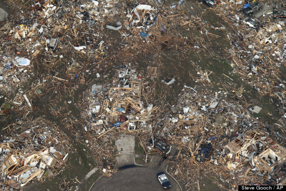 Photo of Moore Oklahoma following May 20 earthquake taken by Steve Gooch for the Associated Press