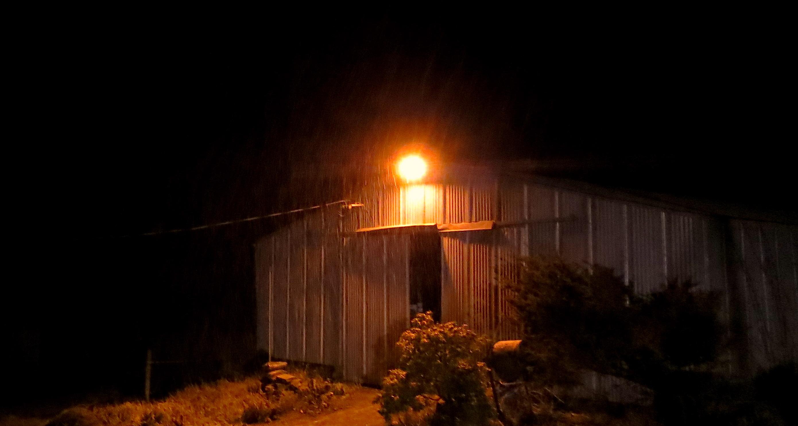 barnyardlight3
