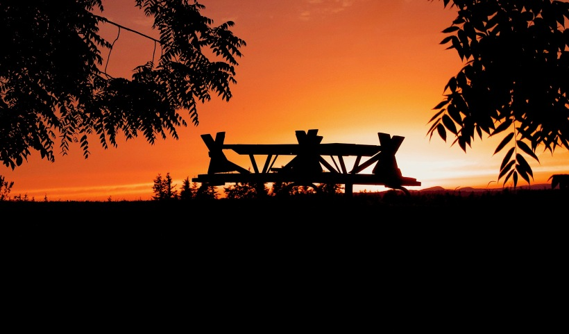 picnictablesunset